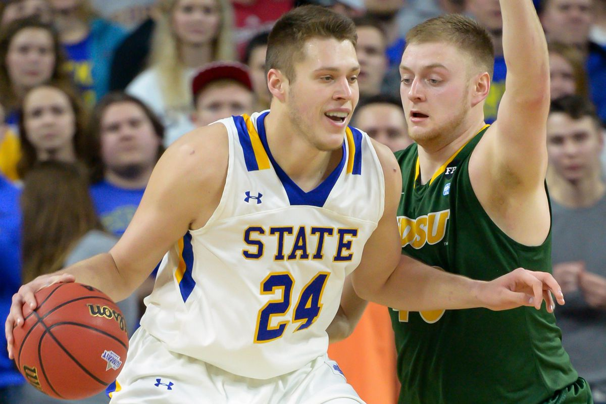 Freshman Mike Daum leads the Jackrabbits with 15.2 points per game.