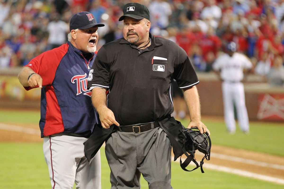 Wally Bell didn't look at Gardy too much during this argument. Probably because he knew his call, while for the safety of the players, goes against baseball's unwritten rules.