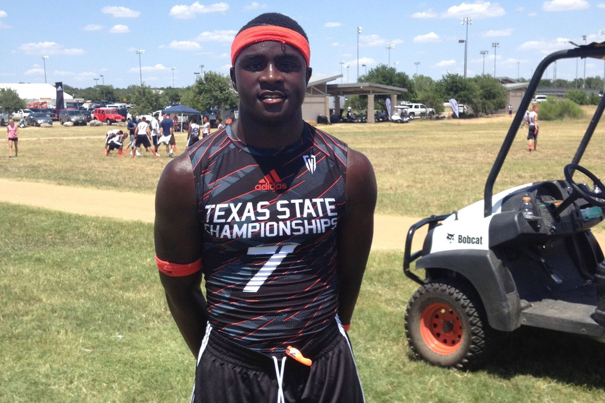 DeAndre McNeal at the Texas state 7-on-7 championship in 2013