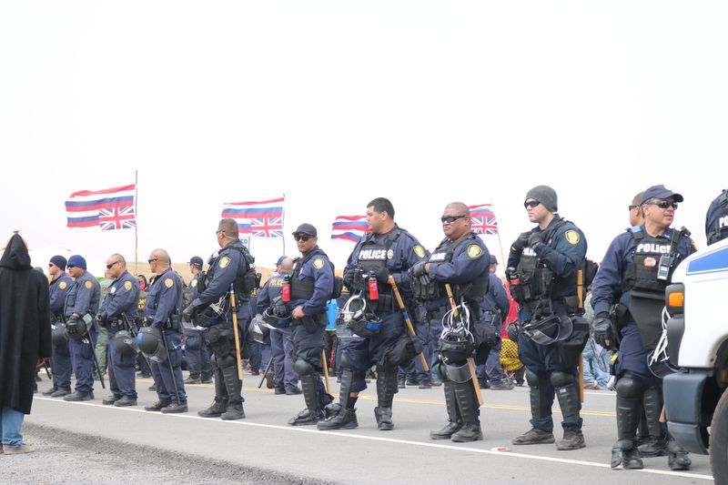 A line of law enforcement at Maunakea