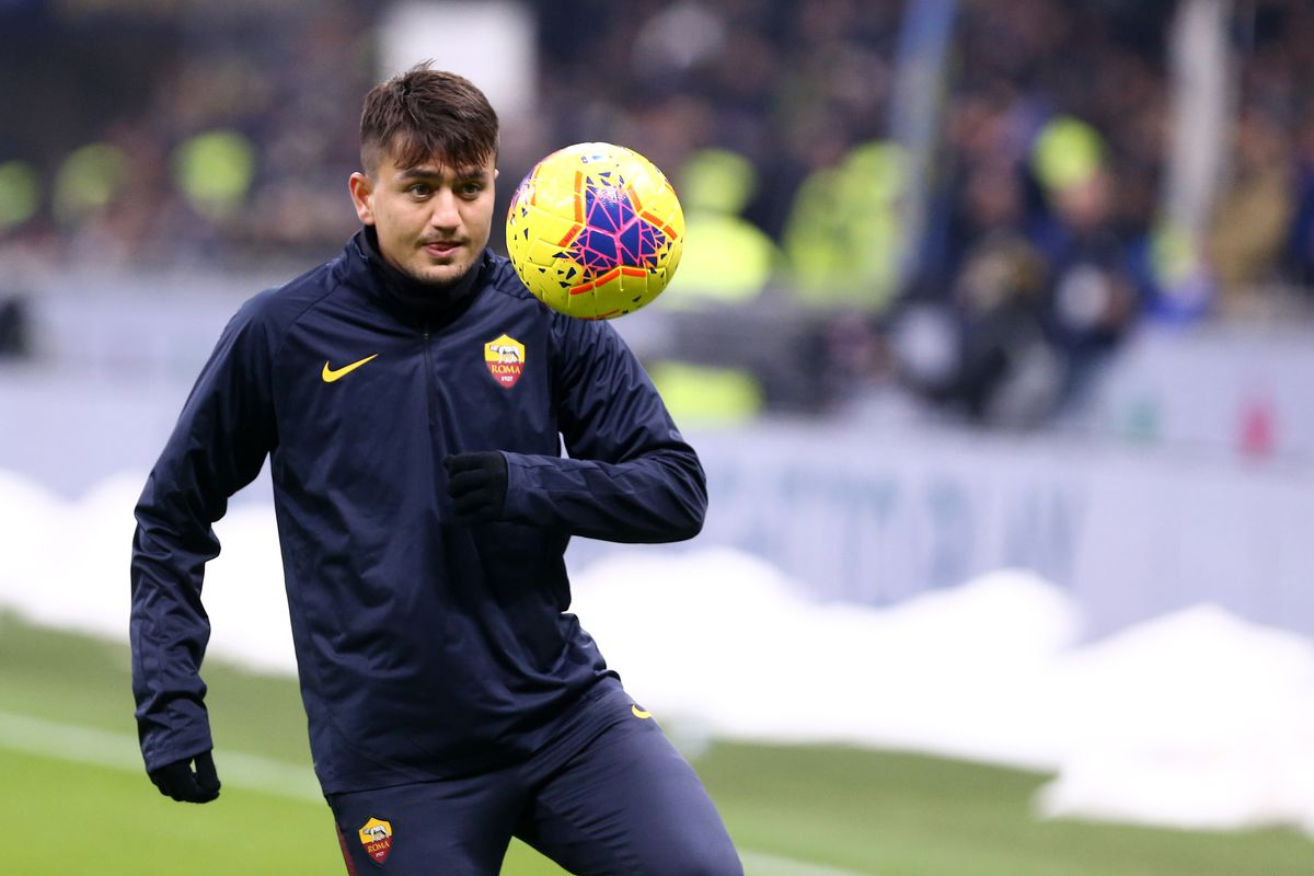 Cengiz Under of As Roma during the Serie A match between...