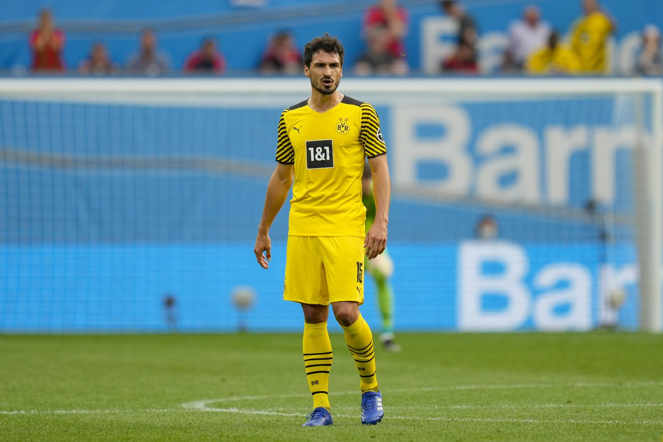 The Daily Bee: A Crazy Sporting Weekend, and Mats Hummels Makes History