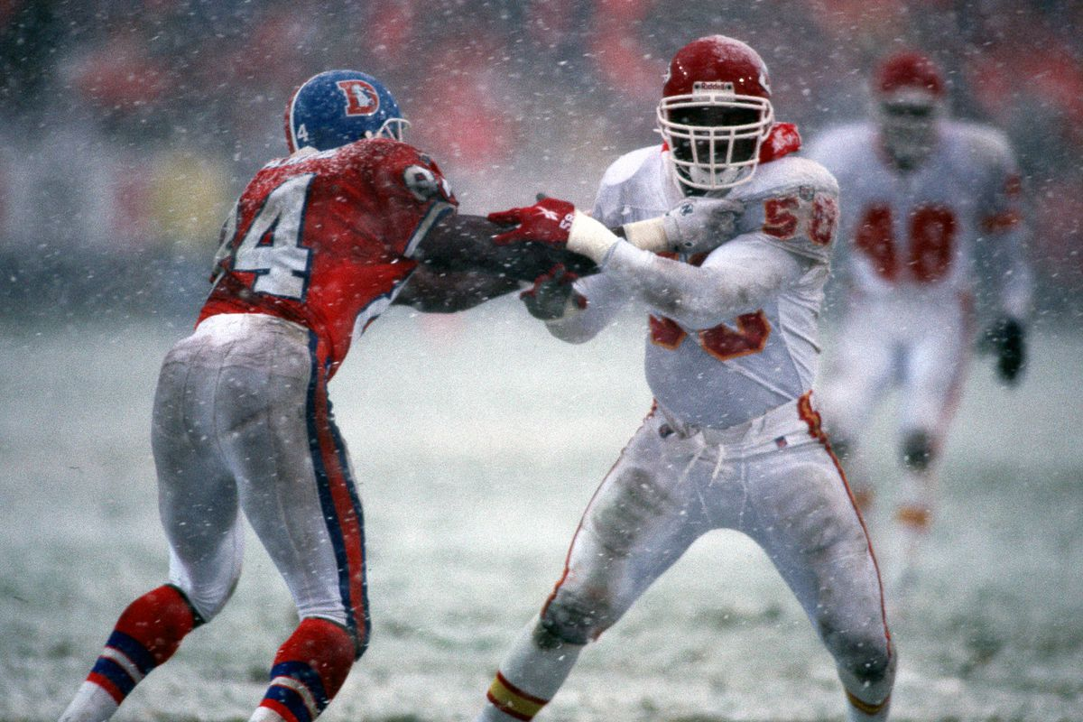 Derrick Thomas - Kansas City Chiefs - File Photos