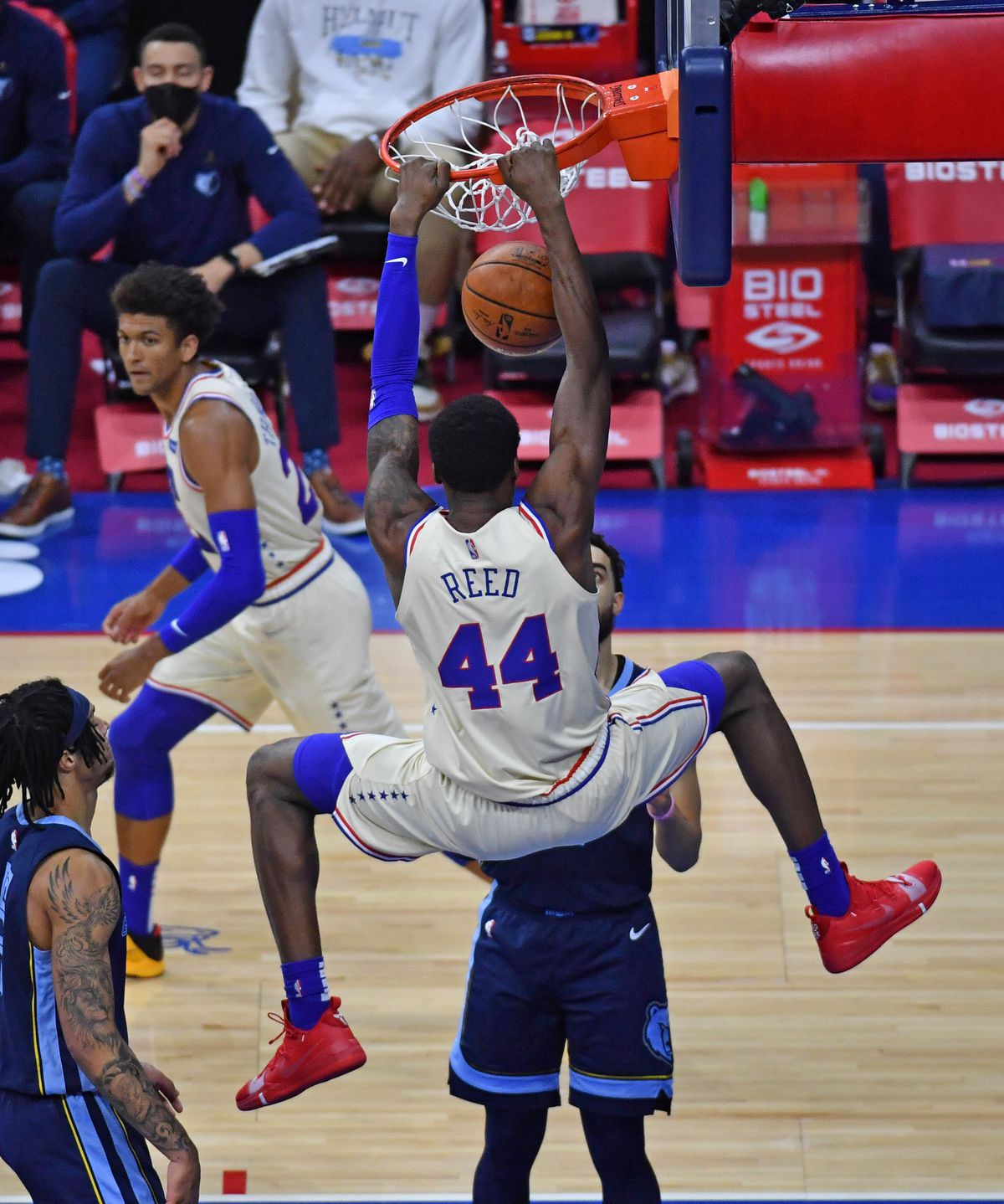 NBA: The Memphis Grizzlies of the Philadelphia 76ers