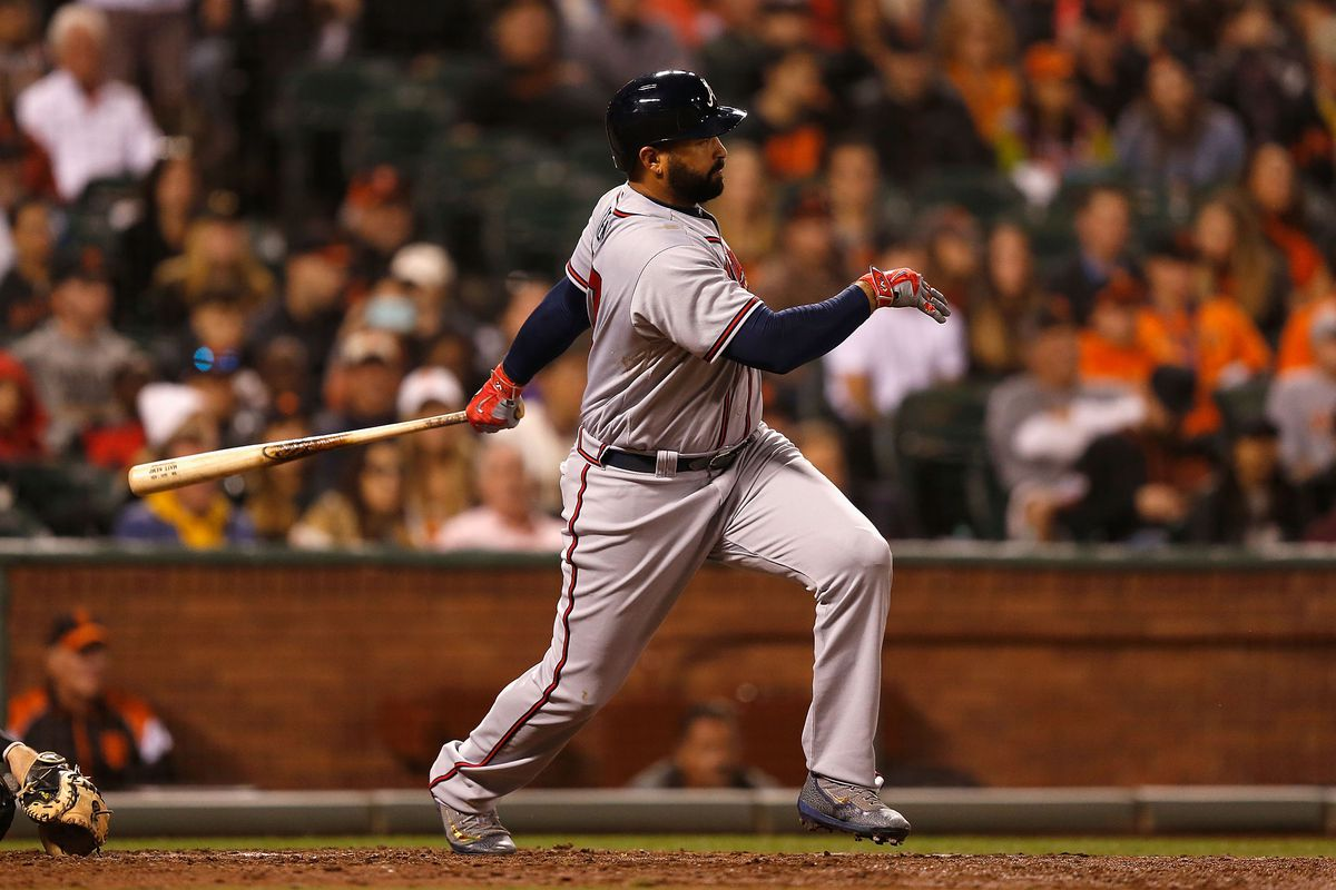 Garcia shuts out Giants, gets key hit in Braves' 2-0 win