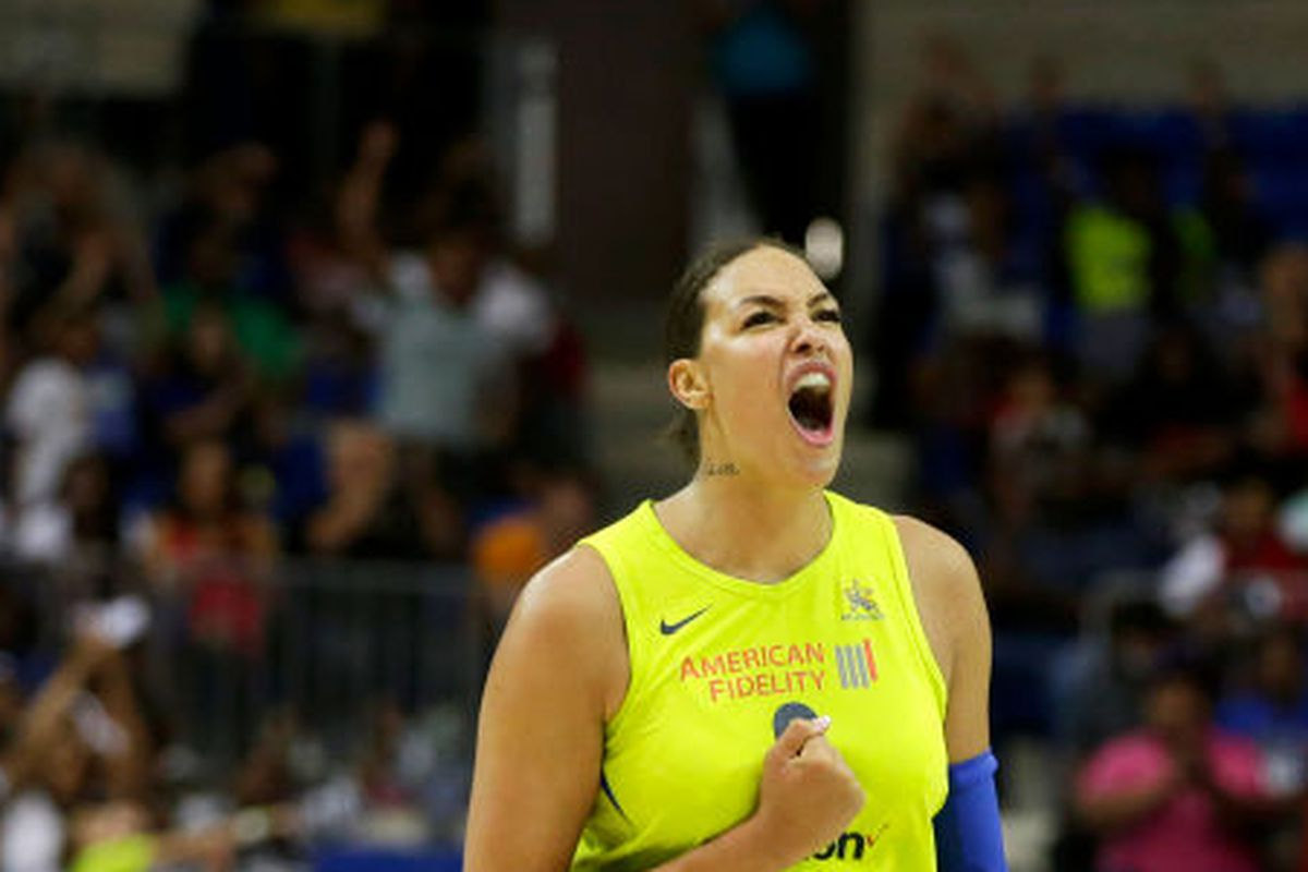 liz cambage reinforced herself as top pick for mvp with big win