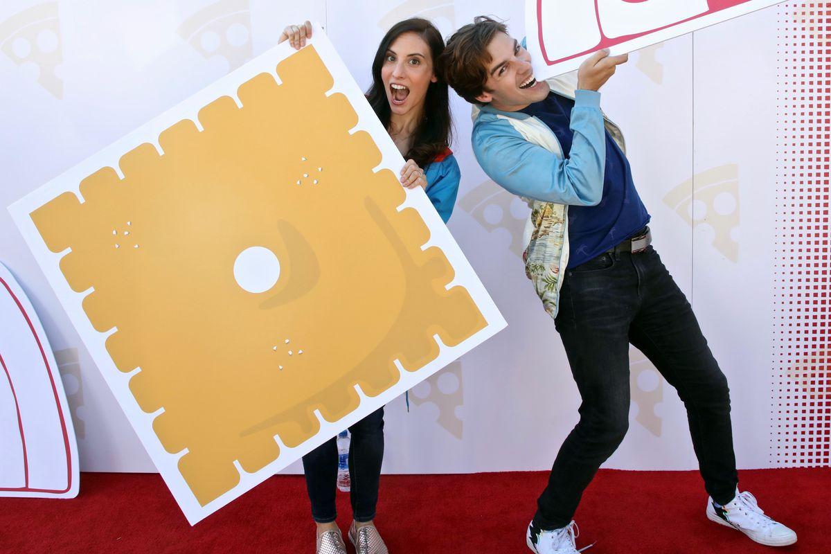 "Pizza Hut Celebrates The Launch Of It's New ""Stuffed Cheez-It Pizza"""