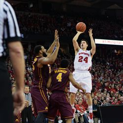 Bronson Koenig pulls up for a floating lay up