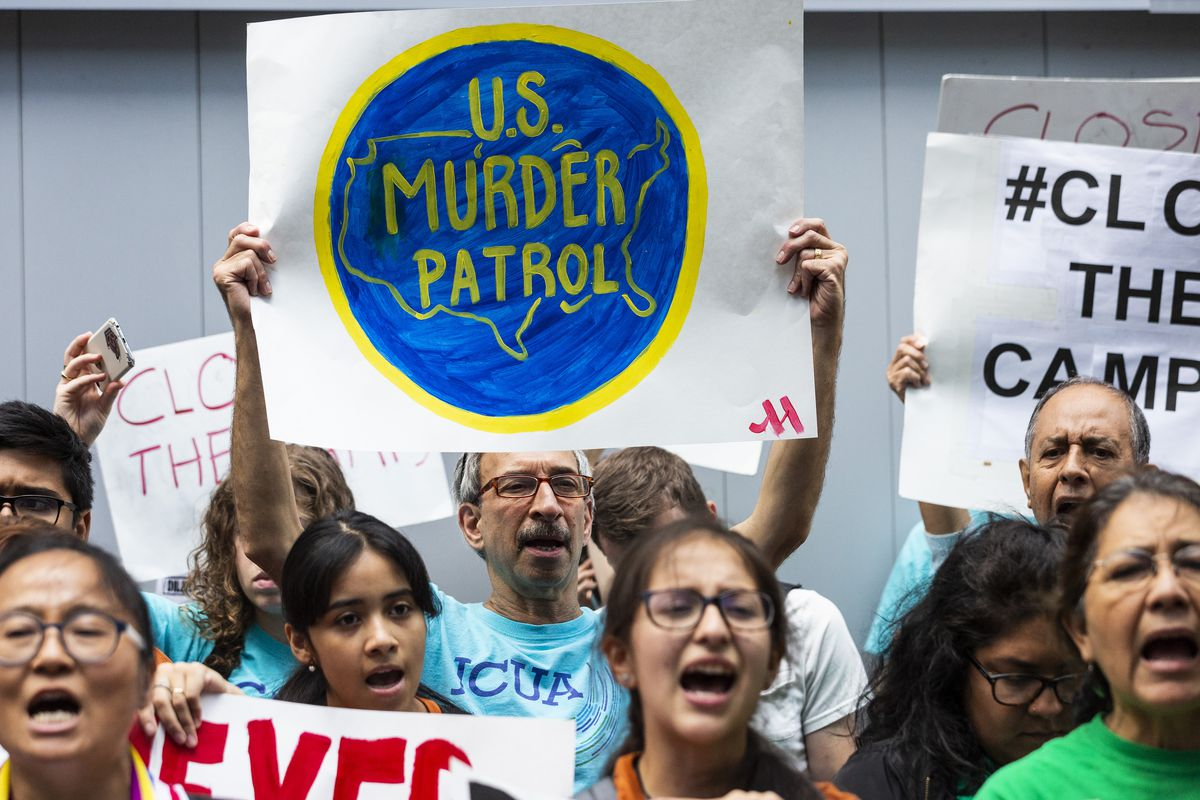 Trump policy targeting immigrants who use safety net services blocked by federal court in Illinois