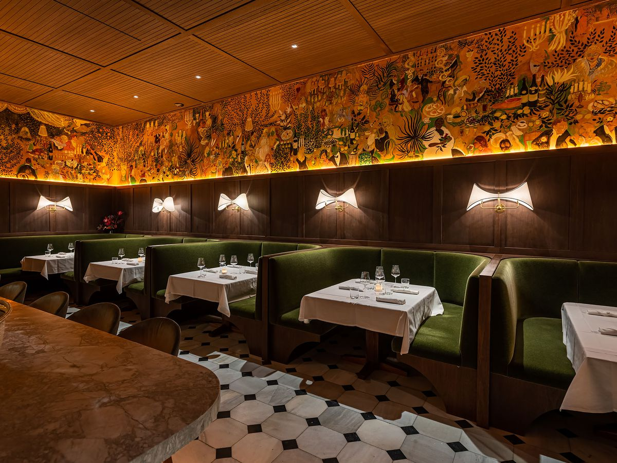 Banquettes and booths with illustrations at Gigi's Hollywood.