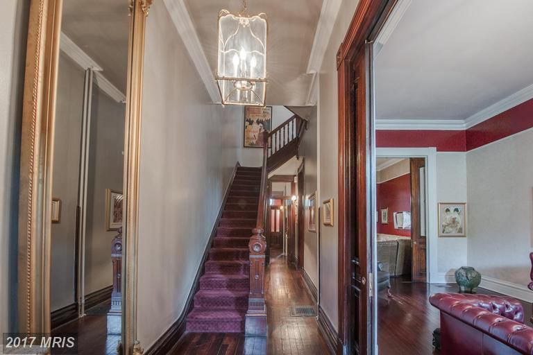 Frank Underwoods Home Is On The Auction Block For 500k Curbed Dc