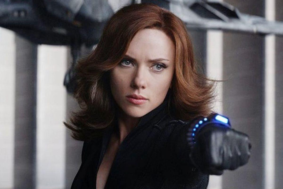 Scarlett Johansson readies her Widow's Bite wrist launcher, as Natasha Romanoff/Black Widow in Captain America: Civil War.