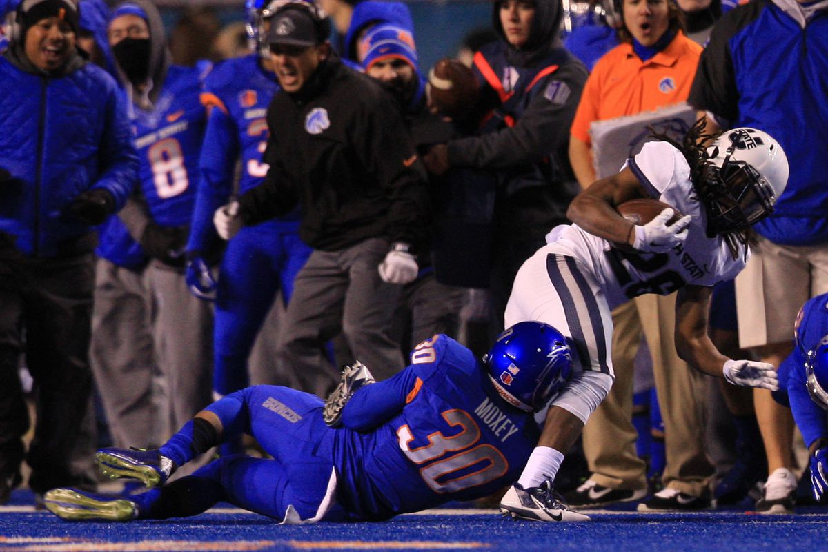 This is from the Boise State / Utah State 50-19 game. Seems appropriate.