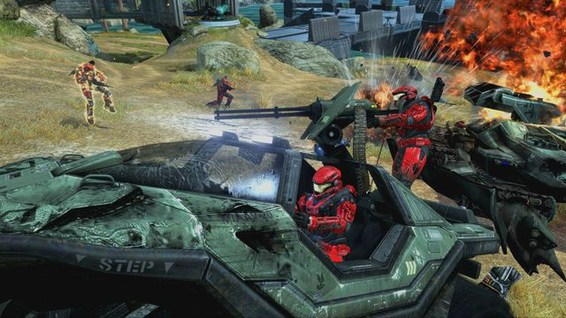 Two players on a Warthog in a multiplayer match of Halo: Reach for PC