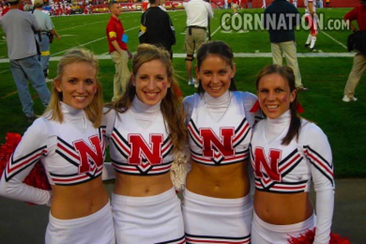 Cheerleaders - Iowa State 2006