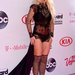 Britney Spears in Reem Acra and Schutz boots