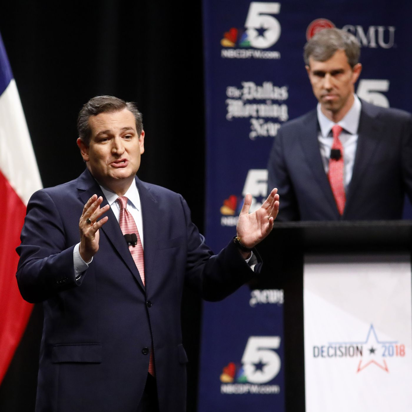 vox.com - Emily Stewart - Ted Cruz tweets out viral Beto O'Rourke video in a bizarre move