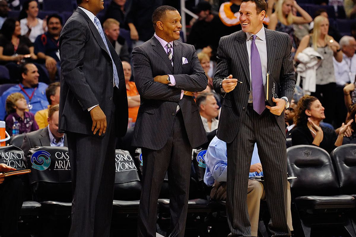 Alvin Gentry and the Suns coaching staff have reason to be happy with their team's performance after 25 games. (Photo by Max Simbron)