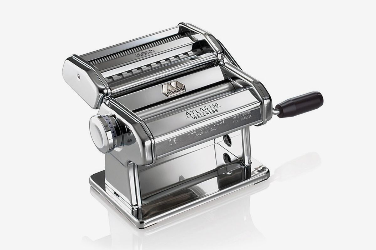 A Marcato Atlas pasta machine on a white background