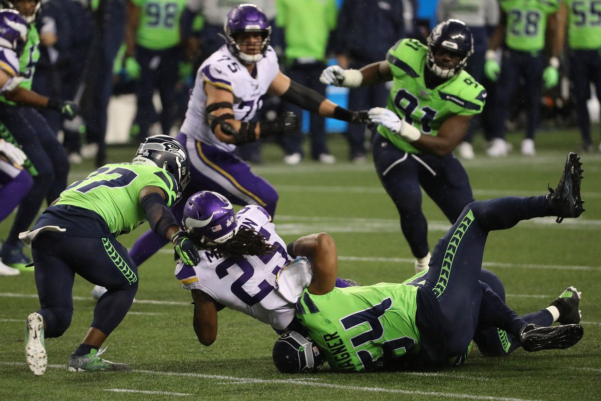 49ers Seahawks Has Seattle Been The Luckiest Team In The Nfl This Season Niners Nation