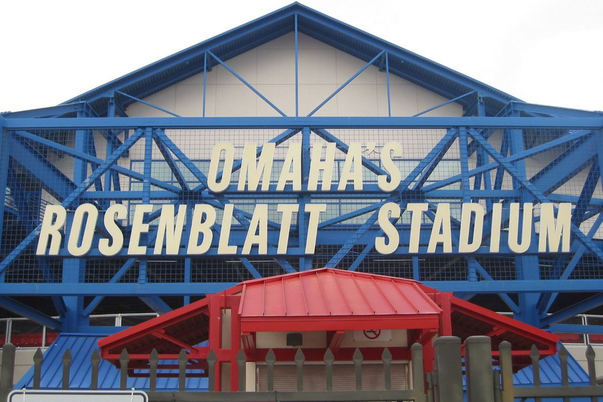 "What will UCLA face in Rosenblatt Stadium's final year? (Photo Credit: <a href=""http://stadiumsandarenas.files.wordpress.com/2009/06/img_3879_rosenblatt_stadium.jpg"" target=""new"">StadiumsandArenas.com</a>)"