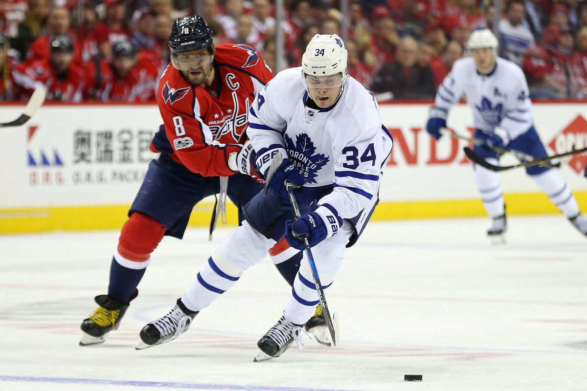 Toronto Maple Leafs   Washington Capitals Game 5  Series Tied 2-2. Verizon  Center  Washington 9066578c538