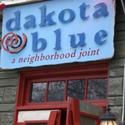 Dakota Blue S Owner Follows A Gluten Free T So It Only Makes Sense This Grant Park Spot Offers Udi Buns For The Seven Ounce Hormone