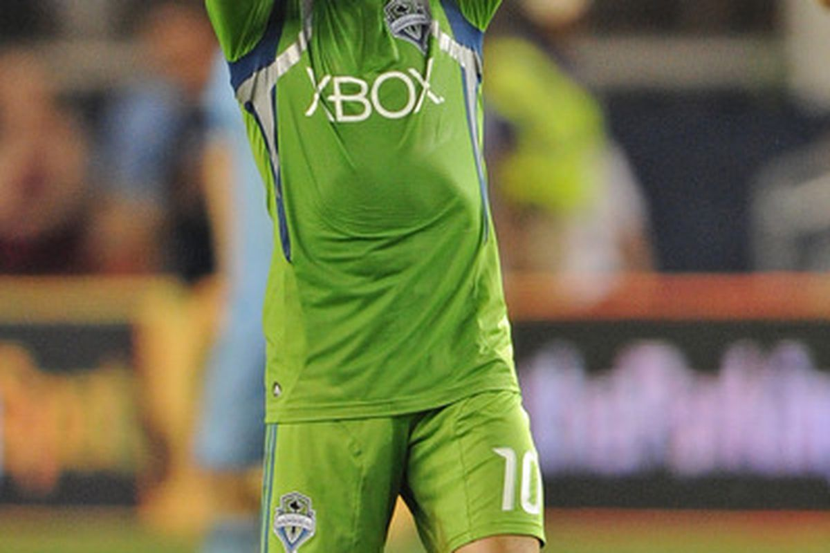 Mauro Rosales is currently negotiating a new contract that could keep him with the Seattle Sounders for the foreseeable future. He has been one of their best players all season. (Photo by Peter G. Aiken/Getty Images)