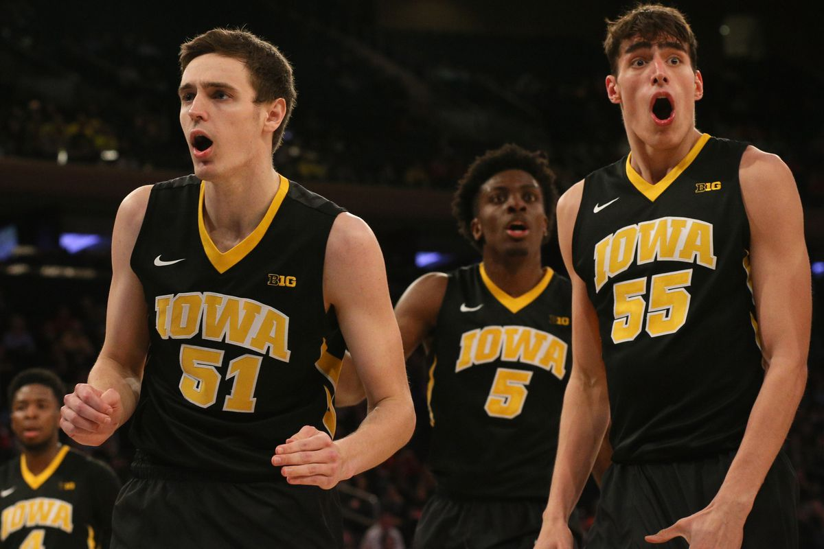 2017-18 Iowa Hawkeyes Basketball Recap: Please Not Again - Black ...