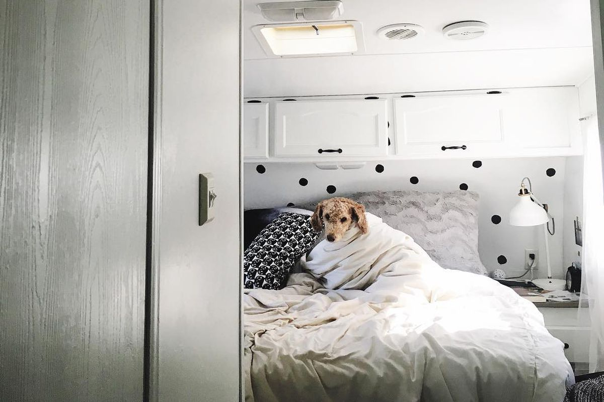 5 tips for living in a camper trailer full time curbed - Very small space of time image ...