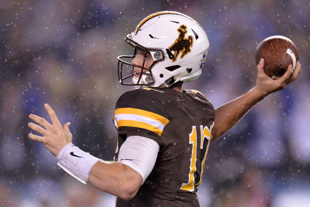 2017 Nfl Draft Wyoming S Josh Allen Will Return To School Mountain West Connection