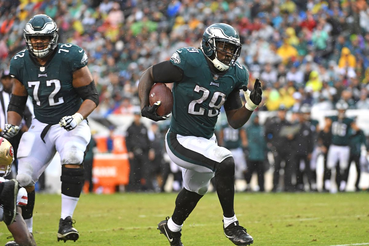 Eagles News Legarrette Blount Reacts To The Jay Ajayi