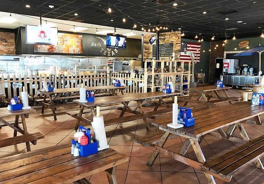 Big B's Texas BBQ interior