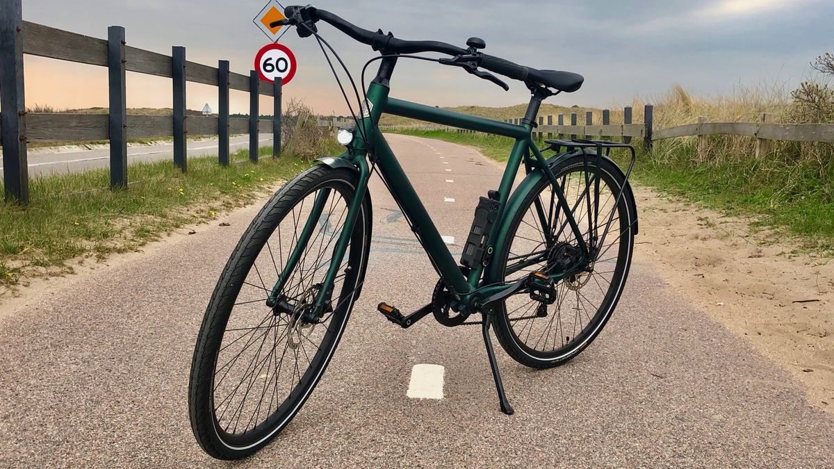 E Bike Reviews >> Ampler Stout E Bike Review It S Not Easy Being Green The Verge