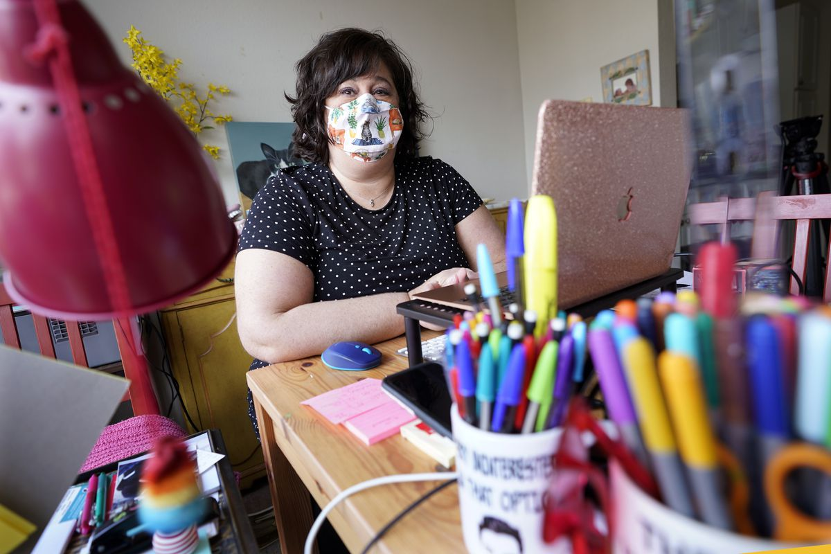 Jennifer Simon, an elementary school speech language pathologist, at her desk in Nashville, Tenn.