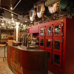 La Estrella, the alcohol counter.