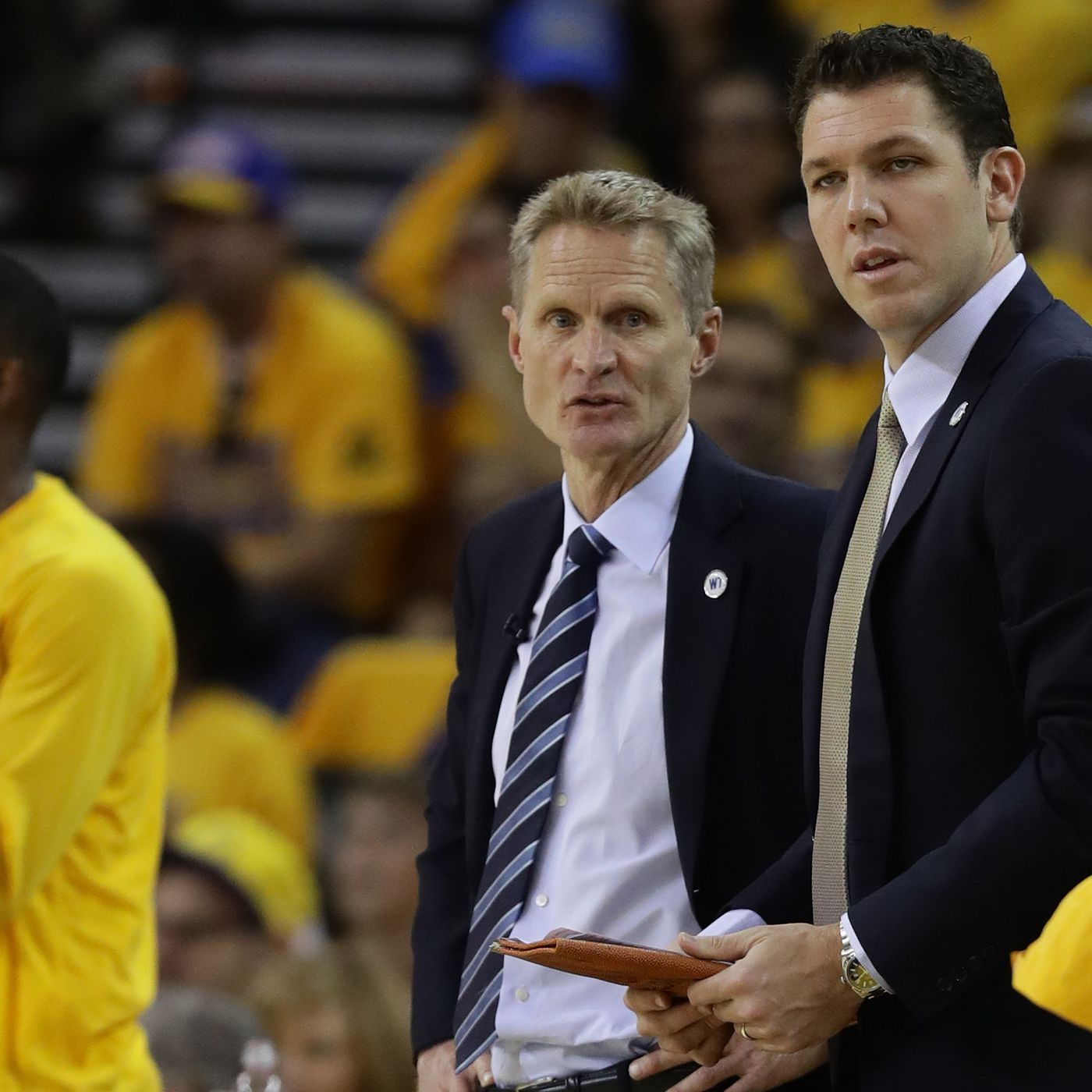Warriors Vs Lakers Start Time Tv Schedule Live Stream