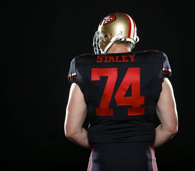 6b31f392eb2 ... 49ers officially unveil black