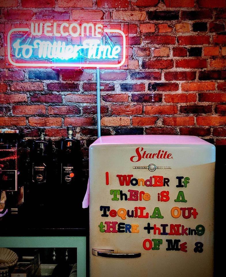 trina's starlite lounge amesbury