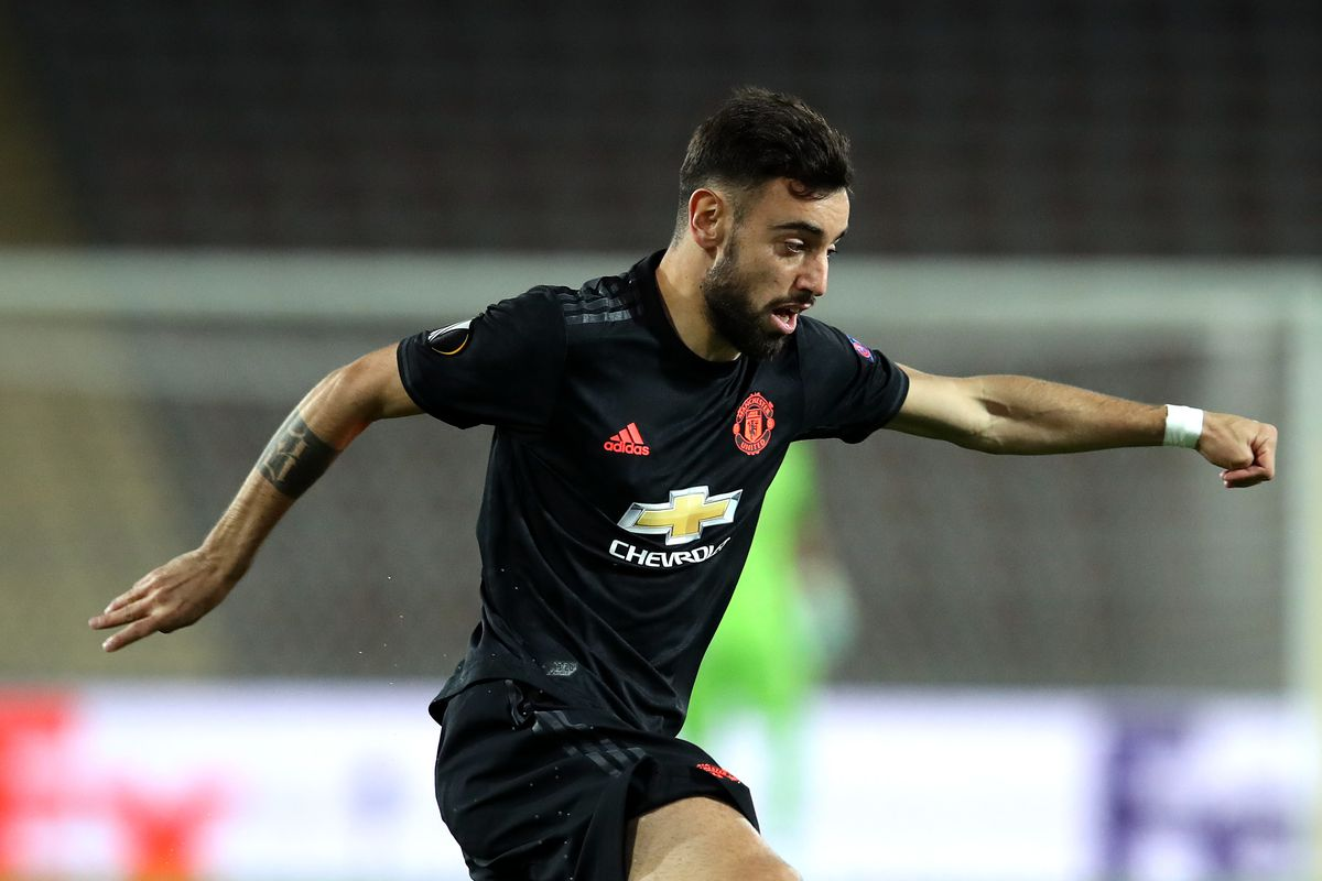 In this handout image provided by UEFA, Bruno Fernandes of Manchester United runs with the ball during the UEFA Europa League round of 16 first leg match between LASK and Manchester United at Linzer Stadion on March 12, 2020 in Linz, Austria.