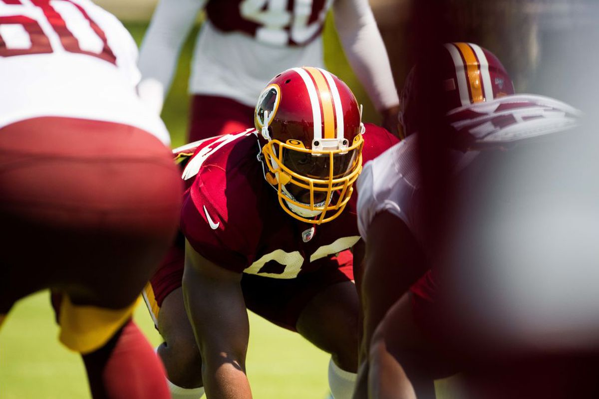 95662224 Redskins News: Jonathan Allen is experimenting with a new helmet ...