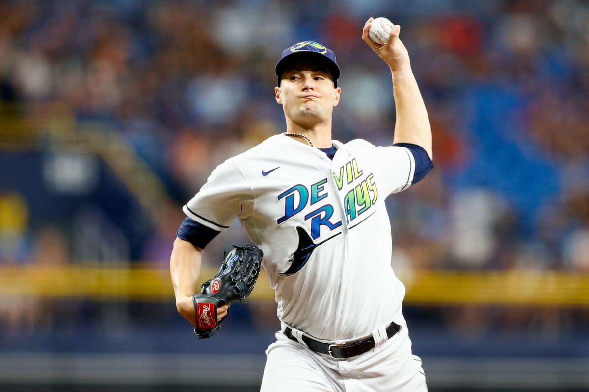 Tampa Bay Rays starting pitcher Shane McClanahan (62) throws a pitch in the second inning against the Miami Marlins at Tropicana Field.