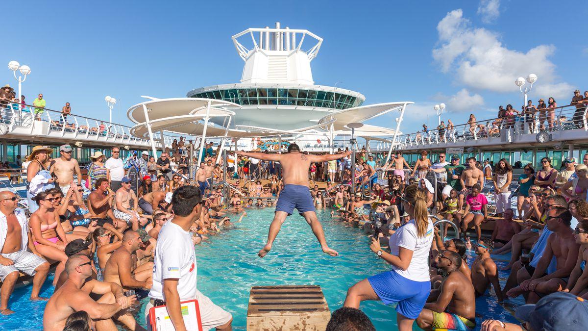 A crowded cruise ship pool.