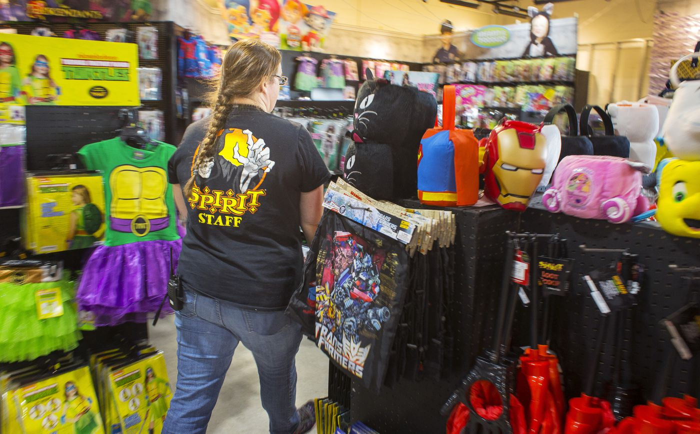 Spirit Halloween and Party City's pop-up business model