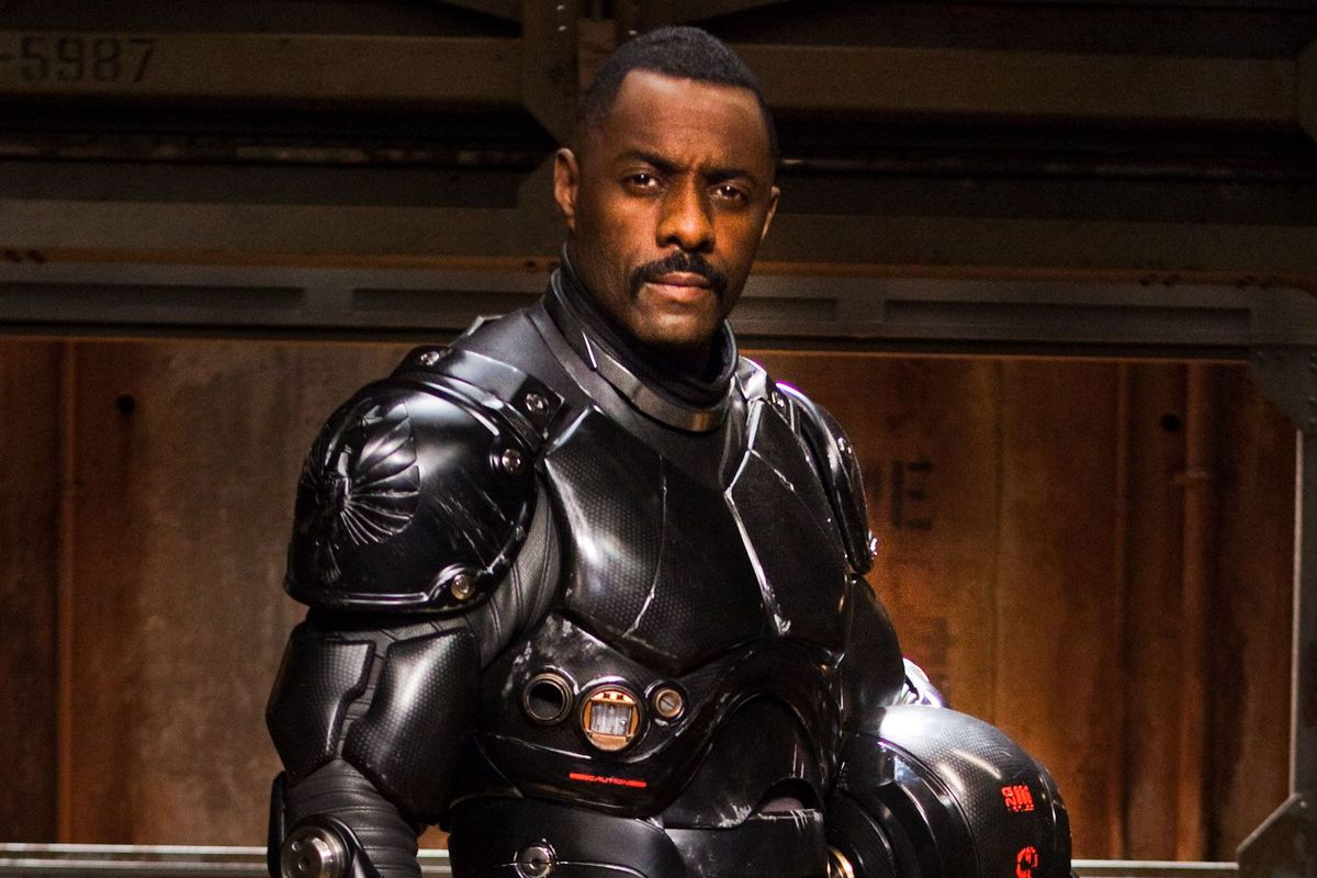 Idris Elba in Pacific Rim armor