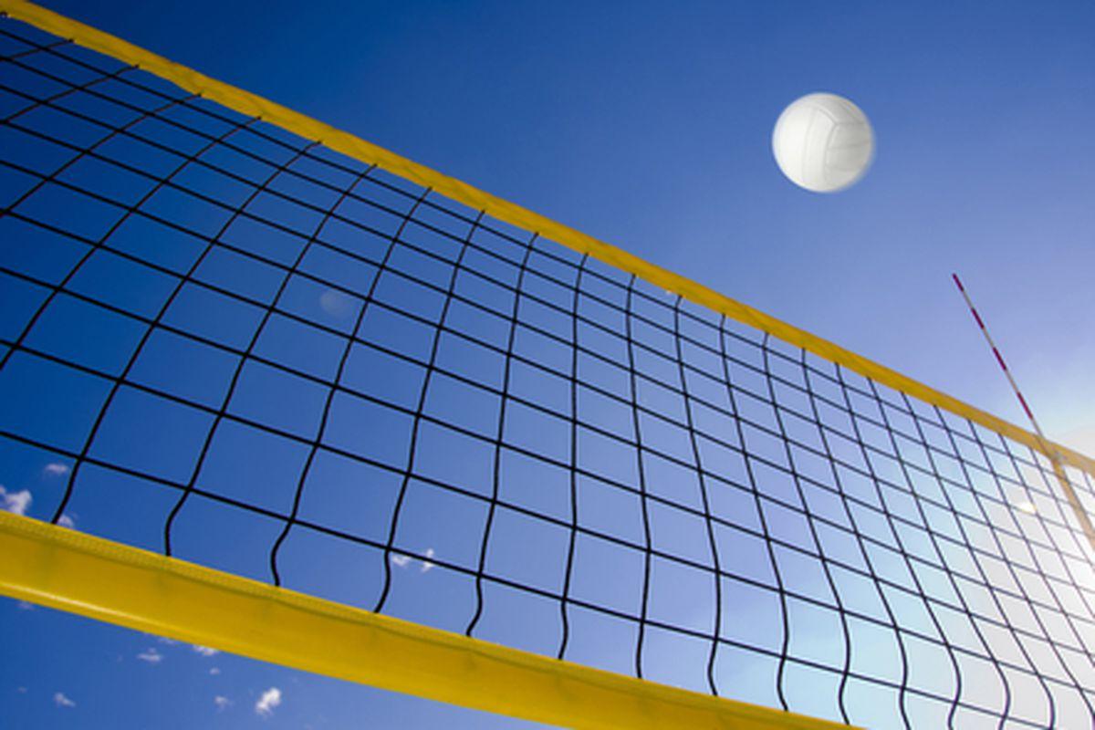 "Image via <a href=""http://www.shutterstock.com/pic-113652874/stock-photo-beach-volleyball.html?src=NhS-z3vuuOMcFLhULghVuw-1-28"">motorangel</a>/Shutterstock</span></p>"