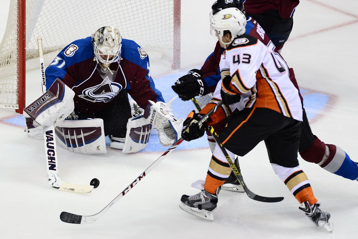 Friberg creates a chance during the preseason against the Colorado Avalanche.