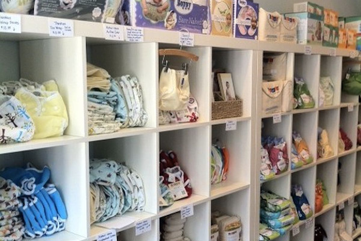 """Cloth debuts on East Passyunk Avenue. Image credit: Brandyn Campbell for <a href=""""http://blog.philadelphiarealestate.com/cloth-opens-its-doors-in-south-philadelphia/"""">Phila. Real Estate Blog</a>"""