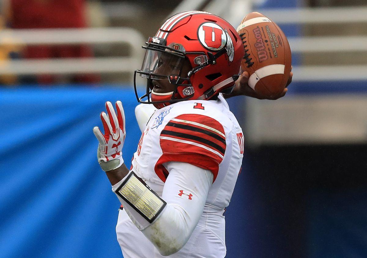 Zaxby's Heart of Dallas Bowl - West Virginia v Utah