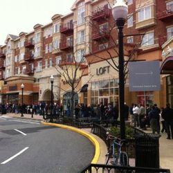 "Clarendon Boulevard in Arlington, Virginia, via <a href=""http://yfrog.com/h8doyqwj"" rel=""nofollow"">@blakespot</a>"